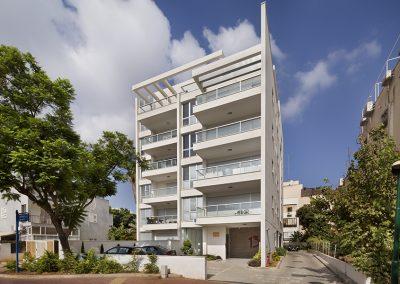 13 rue Hehaloutz, Herzliya